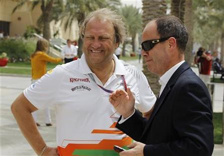 Force India Formula One team's deputy principal Bob Fernley (L) and John Yates, former assistant commissioner of Britain's Metropolitan Police and current police advisor to Bahrain's Ministry of Interior, are seen at the Bahrain International Circuit in Sakhir, south of Manama April 20, 2012. REUTERS/Hamad I Mohammed