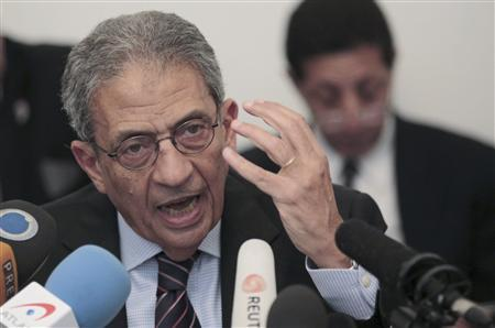 Egyptian presidential candidate and former Arab League Secretary General Amr Moussa speaks during a news conference in Cairo April 22, 2012. Egypt's presidential election will be held on May 23 and 24. REUTERS/Mohamed Abd El Ghany