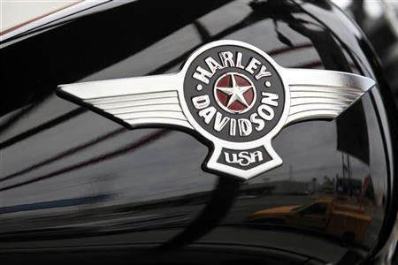 A Harley-Davidson motorcycle is seen at a dealership in Los Angeles, California, April 24, 2012. REUTERS/Lucy Nicholson