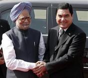 25 мая 2010. Туркмения надеется заключить долгожданное соглашение о цене на газ с Пакистаном и Индией на предстоящих итоговых переговорах в Ашхабаде в рамках лоббируемого США проекта газопровода через Афганистан. REUTERS/B Mathur