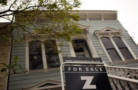 A home for sale is seen in San Francisco, California March 26, 2012. REUTERS/Robert Galbraith