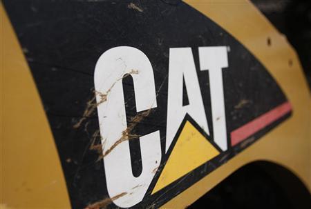 The Caterpillar logo is seen on a tractor in Gilbert, Arizona October 20, 2009. REUTERS/Joshua Lott