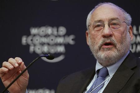Columbia University Professor Joseph E. Stiglitz attends a session at the World Economic Forum (WEF) in Davos January 26, 2011. REUTERS/Vincent Kessler