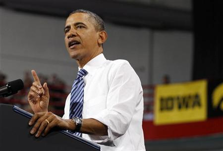 U.S. President Barack Obama speaks about the rising costs of student loans while at the University of Iowa in Iowa City, April 25, 2012. REUTERS/Larry Downing