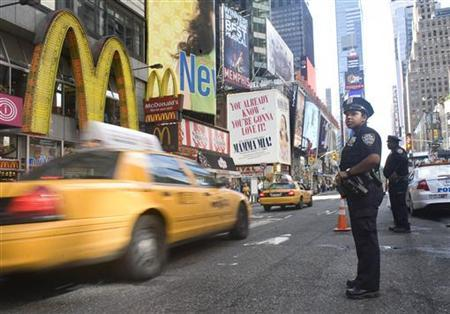 New York Police officers stop and check vehicles and their drivers in Times Square New York September 9, 2011. REUTERS/Allison Joyce