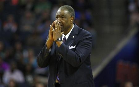 Charlotte Bobcats head coach Paul Silas watches as his team plays against the Boston Celtics during their NBA basketball game in Charlotte, North Carolina March 26, 2012. REUTERS/Chris Keane