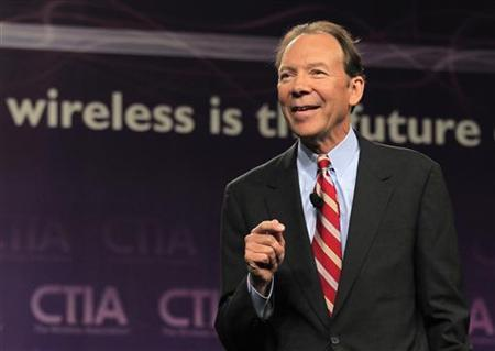 Dan Hesse, CEO of Sprint Nextel Corporation delivers his keynote address at the Cellular Telecommunications Industry Association (CTIA) Enterprise & Applications event in San Diego, California October 11, 2011. REUTERS/Mike Blake
