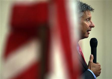 Former New Mexico Governor Gary Johnson speaks at meeting of the Concord Rotary Club in Concord, New Hampshire August 23, 2011. REUTERS/Brian Snyder