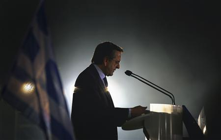 Greek conservative party leader Antonis Samaras addresses supporters during a pre-election rally in Athens May 3, 2012. REUTERS/Yannis Behrakis