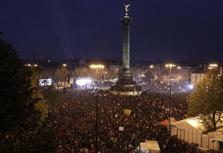 General view of La Bastille square as supporters of the newly-elected French President Francois Hollande celebrate in Paris May 6, 2012. REUTERS/Pascal Rossignol