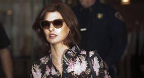 Model Linda Evangelista leaves Manhattan Family Court after facing her former beau Francois Henri-Pinault in New York in this May 3, 2012 file photo. REUTERS/Andrew Kelly/Files.