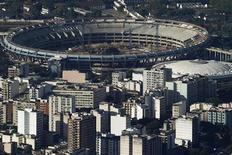 Vista geral da reforma no estádio do Maracanã, sede da final da Copa do Mundo de 2014, no Rio de Janeiro, em fevereiro deste ano. 07/12/2012 REUTERS/Ricardo Moraes