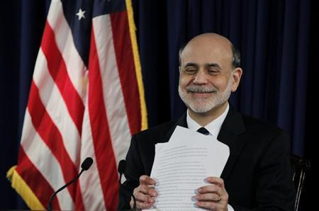 U.S. Federal Reserve Chairman Ben Bernanke smiles as he concludes a news conference following the monthly two-day meeting at the Federal Reserve in Washington, April 25, 2012. REUTERS/Jason Reed