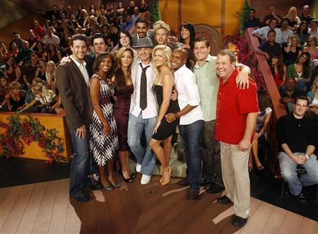 The cast of ''Big Brother 7: All Stars'' poses after the show's live finale in Studio City, September 12, 2006. REUTERS/Max Morse