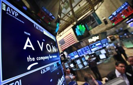 A screen displays the price for Avon Products Inc. at the post that trades the stock on the floor of the New York Stock Exchange, May 15, 2012. Shares of Avon Products Inc fell 15 percent in premarket trading on Tuesday, after Coty Inc withdrew its $10.7 billion takeover bid for the world's largest cosmetics direct seller, saying Avon had missed its deadline to begin discussions. REUTERS/Brendan McDermid