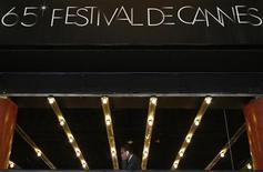 Palácio onde acontecerá o Festival de Cinema de Cannes, na França, nesta terça-feira. 15/05/2012 REUTERS/Christian Hartmann