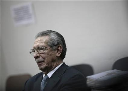 Former Guatemalan dictator Efrain Rios Montt sits in the Supreme Court of Justice in Guatemala City May 21, 2012. REUTERS/Jorge Dan Lopez
