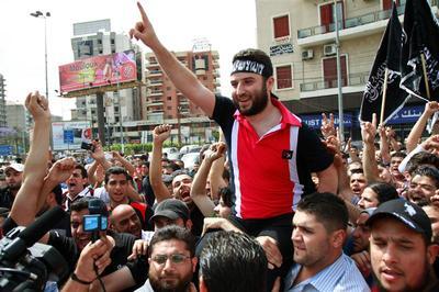 Clash over Syria in Lebanon
