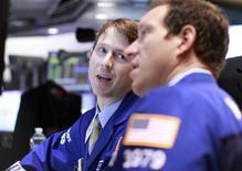 Traders work on the floor of the New York Stock Exchange, May 22, 2012. REUTERS/Brendan McDermid
