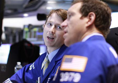 Traders work on the floor of the New York Stock Exchange, May 22, 2012. REUTERS/Brendan McDermid