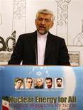 Представитель Ирана на переговорах с Западом о ядерной программе выступает на пресс-конференции в Багдаде 24 мая 2012. Иран и мировые державы решили встретиться в июне в российской столице, чтобы попытаться разрешить долгое противостояние, вызванное ядерной программой исламской республики. REUTERS/Thaier al-Sudani