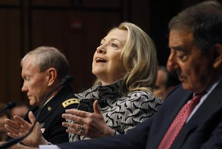 Secretary of State Hillary Clinton (C), U.S. Secretary of Defense Leon Panetta (R) and the Chairman of the Joint Chiefs of Staff, U.S. Army General Martin Dempsey, testify at the Senate Foreign Relations Committee in Washington May 23, 2012. REUTERS/Gary Cameron