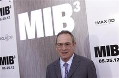 "Cast member Tommy Lee Jones arrives for the premiere of ""Men In Black 3"" in New York May 23, 2012. REUTERS/Andrew Kelly"