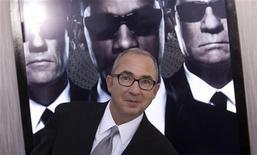 """O diretor Barry Sonnenfeld do filme """"Homens de Preto 3"""" chega a sua estreia em Nova York, 23 de maio de 2012. REUTERS/Andrew Kelly"""