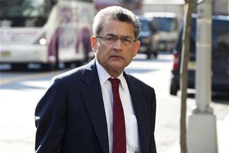 Rajat Gupta, a former Goldman Sachs Group Inc and Procter & Gamble board member, arrives at Manhattan Federal Court in New York, May 31, 2012. Gupta, 63, is accused of providing his onetime friend and business associate, Galleon hedge fund founder Raj Rajaratnam, with boardroom secrets between March 2007 and January 2009 while he was a director at Goldman Sachs Group Inc and Procter & Gamble. REUTERS/Andrew Burton