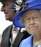 <p>La reina Isabel II asiste a carreras de caballos en Inglaterra al inicio de las celebraciones por el Jubileo de Diamantes</p>