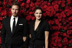 Actress Drew Barrymore (R) and Will Kopelman (L) attend the Museum of Modern Art's fourth annual Film Benefit in New York November 15, 2011. REUTERS/Kena Betancur
