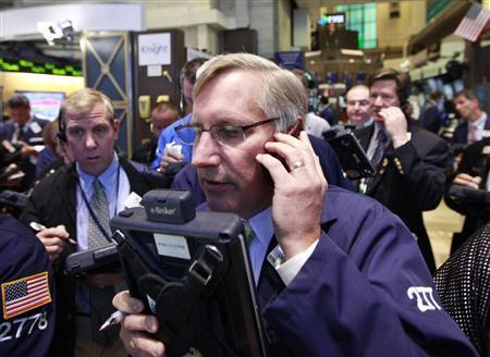 Traders work on the floor of the New York Stock Exchange June 5, 2012. REUTERS/Brendan McDermid