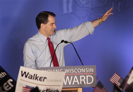 Republican Wisconsin Governor Scott Walker celebrates his victory in the recall election against Democratic challenger and Milwaukee Mayor Tom Barrett in Waukesha, Wisconsin June 5, 2012. REUTERS/Darren Hauck