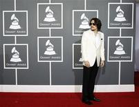Singer John Mayer arrives at the 53rd annual Grammy Awards in Los Angeles, California February 13, 2011. REUTERS/Danny Moloshok