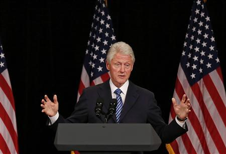 Former U.S. President Bill Clinton speaks at a fundraiser for U.S. President Barack Obama at the Waldorf Astoria in New York June 4, 2012. REUTERS/Larry Downing
