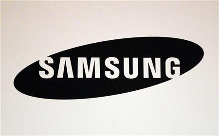 A Samsung logo is seen during the International CTIA WIRELESS Conference & Exposition in New Orleans, Louisiana May 9, 2012. REUTERS/Sean Gardner