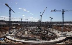 Vista do estádio do Maracanã em obras para a Copa do Mundo de 2014. 11/06/2012 REUTERS/Sergio Moraes