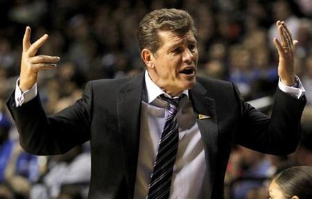 Connecticut Huskies head coach Geno Auriemma shouts while playing against the Duke Blue Devils in their NCAA Philadelphia regional final college basketball game in Philadelphia, Pennsylvania, March 29, 2011. REUTERS/Tim Shaffer