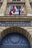 <p>Un projet de loi visant à restaurer le délit de harcèlement sexuel dans le droit pénal français sera présenté mercredi en conseil des ministres afin de permettre un débat parlementaire dès l'été. /Photo d'archives/REUTERS/Charles Platiau</p>