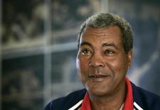 Boxeador cubano aposentado Teófilo Stevenson fala com a Reuters em Havana, em janeiro de 2007.O cubano tricampeão olímpico e mundial dos peso pesados de boxe morreu em Havana vítima de um infarto aos 60 anos. Foto de arquivo 10/01/2007 REUTERS/Enrique de la Osa