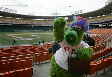 The Phillie Phanatic, mascot of the Philadelphia Phillies, makes a visit to RFK Stadium, home of the Washington Nationals baseball team, as finishing touches are put on RFK stadium in Washington in this March 31, 2005 file photo. REUTERS/Jason Reed/Files.