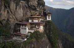 The ParoTaktsang Palphug Buddhist monastery, also known as the Tiger's Nest, is photographed in Paro district, Bhutan on October 16, 2011. Picture taken on October 16. REUTERS/Adrees Latif