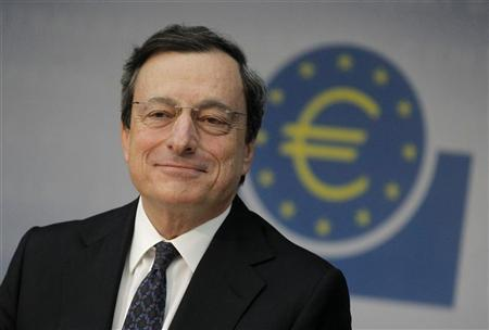The European Central Bank (ECB) President Mario Draghi smiles during the monthly news conference in Frankfurt June 6, 2012. REUTERS/Alex Domanski