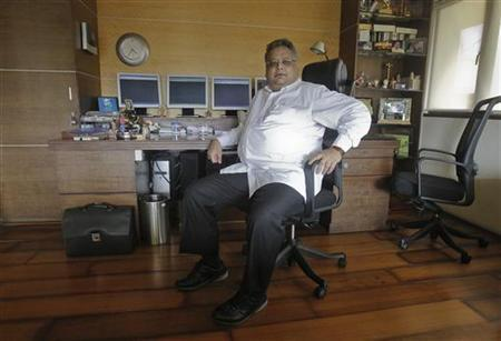 Investor Rakesh Jhunjhunwala poses for a picture in his office in Mumbai June 8, 2012. REUTERS/Vivek Prakash