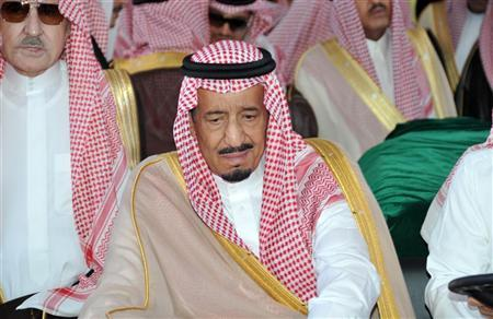 Saudi Prince Salman, brother of Saudi King Abdullah, reacts upon the arrival of the coffin of Crown Prince Nayef at Jeddah airport June 17, 2012. REUTERS/Saudi Press Agency/Handout