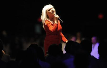 Singer Deborah Harry performs at the 2011 Museum of Contemporary Art (MOCA) gala in Los Angeles November 12, 2011. REUTERS/Phil McCarten