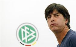 O técnico da seleção alemã, Joachim Loew, realiza uma entrevista coletiva em Gdansk, 19 de junho de 2012. REUTERS/Thomas Bohlen
