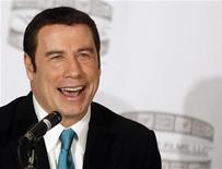 """Ator John Travolta fala durante coletiva de imprensa para anunciar o filme """"Gotti:Three Generations"""", em Nova York. Um homem de Los Angeles que escreveu um livro sobre seus supostos encontros homossexuais com John Travolta entrou com um processo por difamação contra o ator e seu advogado. 12/04/2012 REUTERS/Brendan McDermid"""