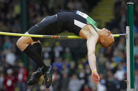 Jesse Williams competes in the men's high jump at the U.S. Olympic athletics trials in Eugene, Oregon June 25, 2012. REUTERS/Steve Dipaola