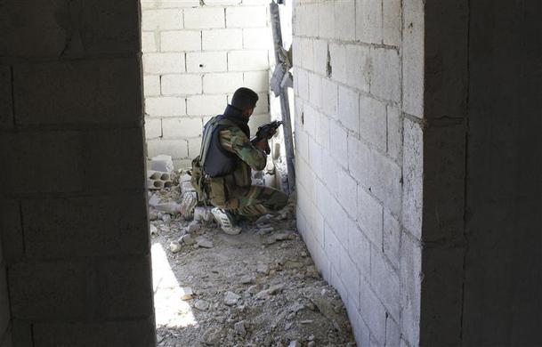 صور احرار سوريا 2013 - الجيش السورى الحر 2013 - ثوار سوريا 2013 ?m=02&d=20120626&t=2&i=623350389&w=&fh=&fw=&ll=700&pl=390&r=2012-06-26T165504Z_07_GM1E8590BI901_RTRRPP_0_UN-SYRIA